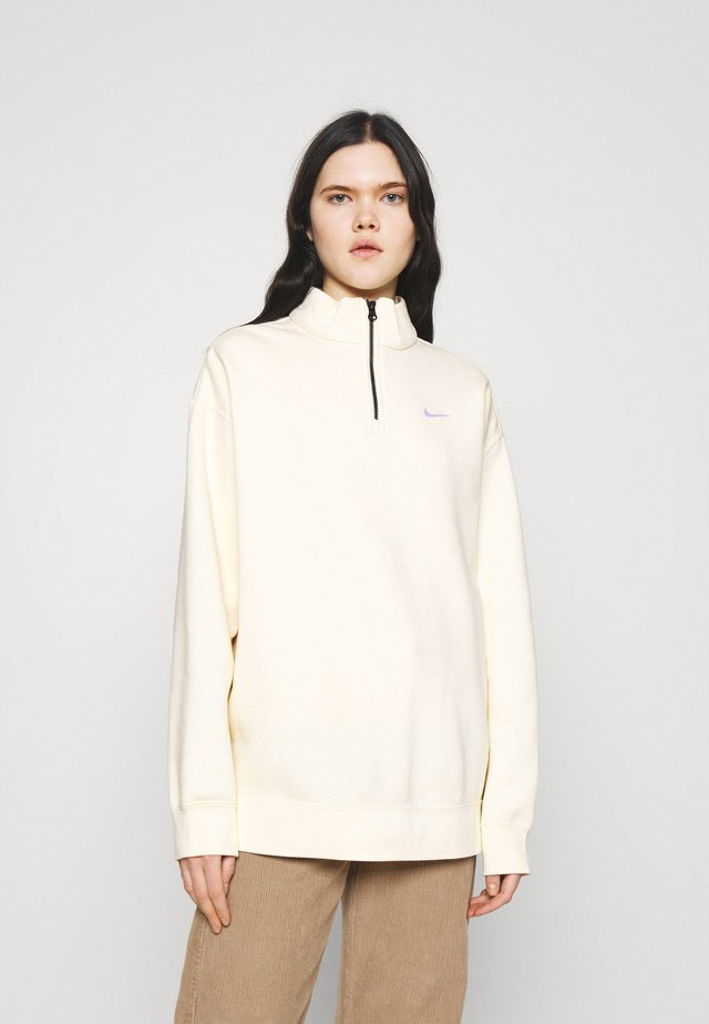 TREND - Sweatshirt - coconut milk/white