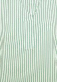 TOM TAILOR - WITH FEMININE NECKLINE - Bluser - green/white - 2
