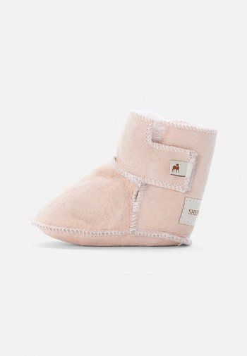 BORÅS - First shoes - pink