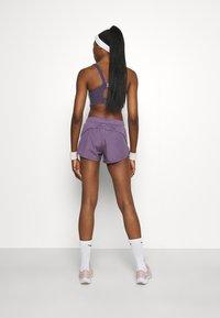 Nike Performance - TEMPO - Sports shorts - amethyst smoke/silver - 2