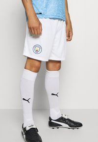 Puma - MANCHESTER CITY REPLICA - Träningsshorts - white/peacoat - 0