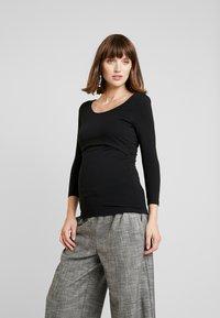 Zalando Essentials Maternity - 2 PACK - Topper langermet - off-white/black - 0