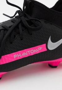 Nike Performance - JR PHANTOM GT ACADEMY DYNAMIC FIT MG UNISEX - Moulded stud football boots - black/metallic silver/pink blast - 5