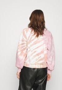 Abercrombie & Fitch - CREW PATTERN - Sweatshirt - pink wash - 2