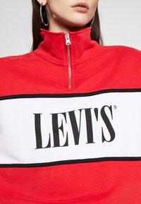 Levi's® - LOGO - Sweatshirt - brilliant red - 5