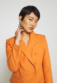Mossman - TAKE ME HIGHER - Cappotto corto - orange - 5