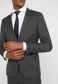 HUGO - ARTI - Suit jacket - charcoal - 4