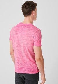 s.Oliver - Basic T-shirt - pink - 2