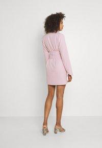 Missguided - TIE WAIST DRESS - Shift dress - baby pink - 2