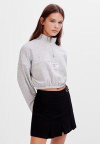 Bershka - KARIERTER - Plisovaná sukně - black - 0
