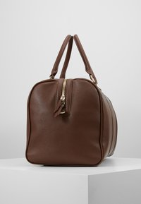 Valentino by Mario Valentino - FILIPPO - Weekend bag - moro - 4