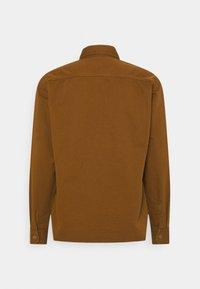 Carhartt WIP - RENO SHIRT JAC - Skjorter - dark brown - 1