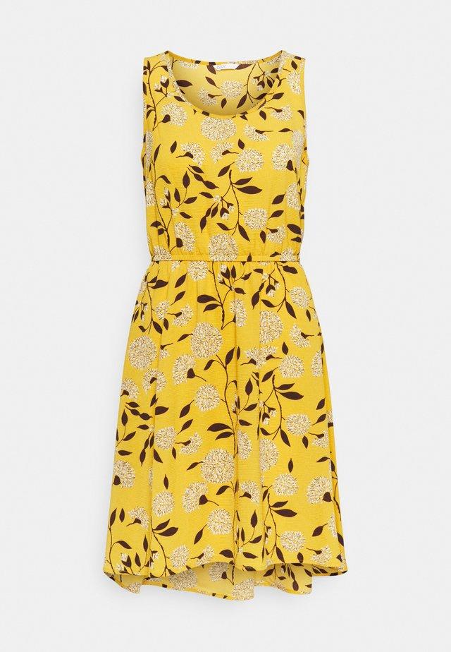 ONLNOVA SARA DRESS - Korte jurk - golden yellow/white