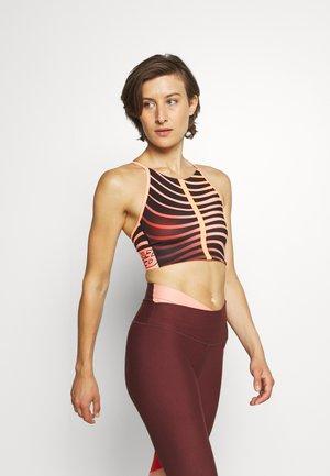 RELENTLESS PRINTED - Medium support sports bra - paradise pink