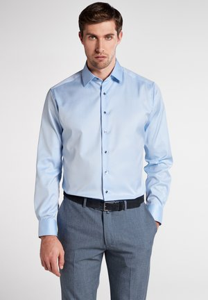 MODERN FIT - Businesshemd - Light Blue