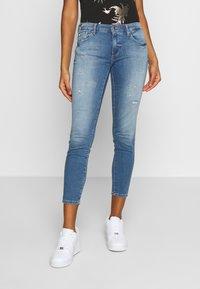 ONLY - ONLCARMEN JOGG - Jeans Skinny Fit - light blue denim - 0