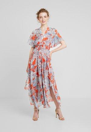 GATHERED DRESS - Maxiklänning - reds