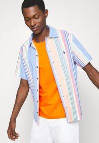 Polo Ralph Lauren - CUSTOM SLIM FIT JERSEY CREWNECK T-SHIRT - Basic T-shirt - sailing orange - 3
