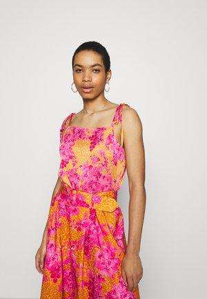 GWENETH - Blouse - orange/pink