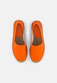 Polo Ralph Lauren - CEVIO SLIP - Espadrilles - resort orange/blu - 3