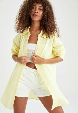 RELAX FIT - Button-down blouse - yellow
