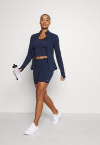 Sweaty Betty - POWER WORKOUT ZIP THROUGH JACKET - Training jacket - navy blue - 1