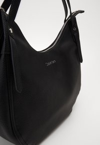 Calvin Klein - EVERYDAY HOBO - Torebka - black - 2