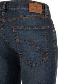 Club of Comfort - MIT HIGH-STRETCH - Slim fit jeans - mittelblau 242 - 3