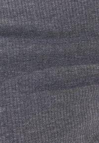 Bershka - Pouzdrové šaty - light grey - 5
