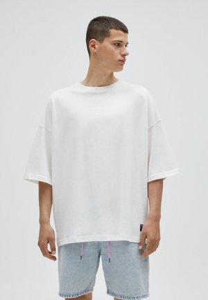 LOOSE - T-shirt basique - white