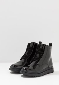 Geox - GILLYJAW GIRL - Lace-up ankle boots - black - 2
