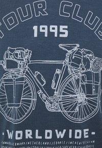 Icebreaker - TECH LITE CREW TOUR CLUB 1995 - Print T-shirt - serene blue - 2