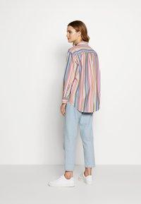 GANT - STRIPE - Button-down blouse - warm sun - 2