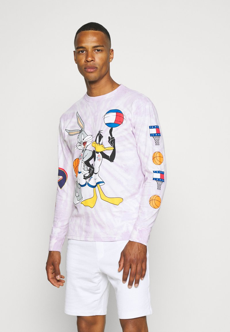 Tommy Jeans - ABO TJU X SPACE JAM TEE UNISEX - Long sleeved top - lilac dawn