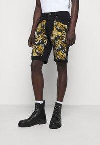 Versace Jeans Couture - Denim shorts - nero - 0