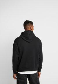 adidas Originals - HOODY - Bluza z kapturem - black - 2