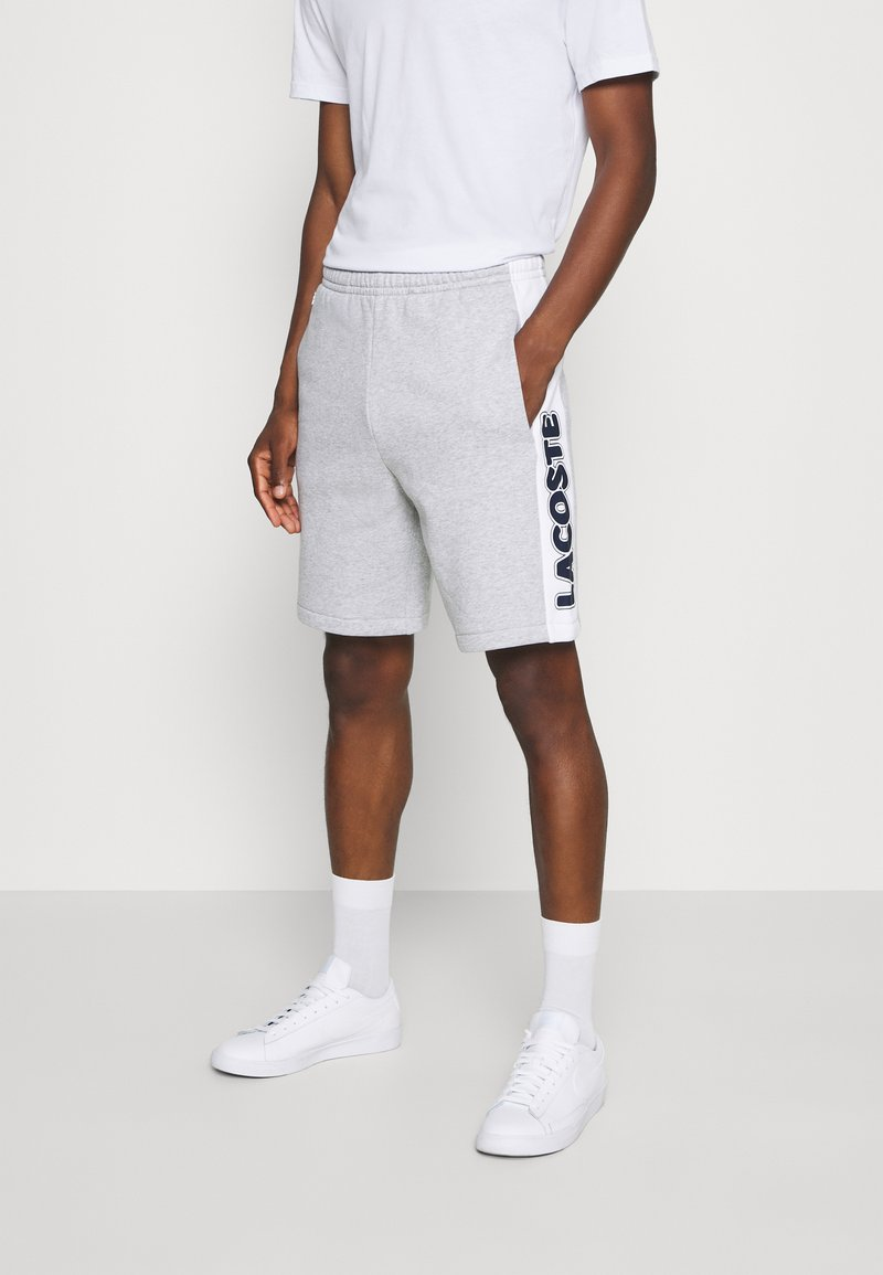 Lacoste - Spodnie treningowe - argent chine/blanc/noir