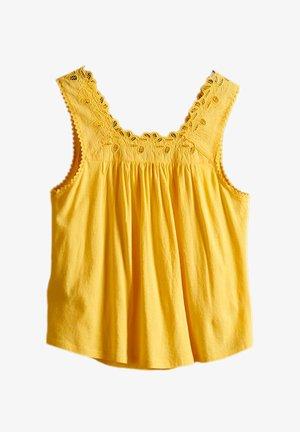 Blouse - springs yellow
