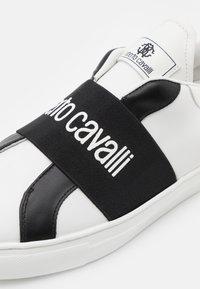 Roberto Cavalli - Tenisky - white/black - 5