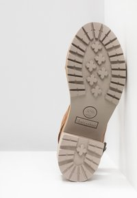 Timberland - VIOLET MARS 2 BAND SANDAL - Sandals - rust - 9