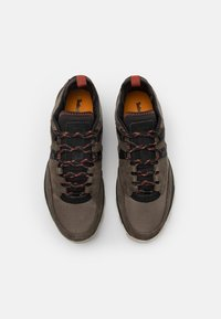 Timberland - TREELINE MOUNTAIN RUNNER - Sneakers - medium grey/black - 3
