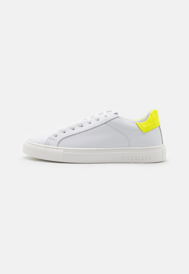 SKY UNISEX - Trainers - yellow