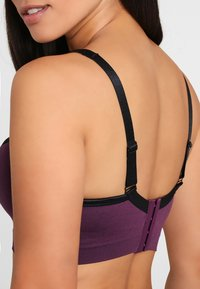 LASCANA Active - Light support sports bra - purple - 4