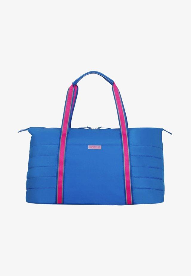 UPTOWN VIBES - Weekend bag - blue/pink
