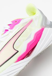 Puma - ULTRARIDE - Neutral running shoes - white/luminous pink/fizzy yellow - 5