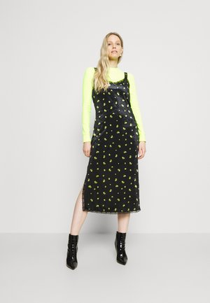 VIOLET DRESS - Shift dress - luminary yellow flow