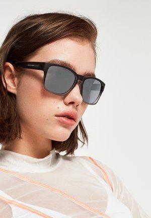 CORE - CHROME - Sluneční brýle - black