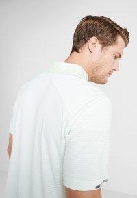 adidas Golf - CLIMACHILL TONAL STRIPE - Sports shirt - glow green/white - 3