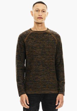 Sweater - burnt amber