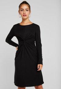Object Petite - OBJALBERTE DRESS  - Robe fourreau - black - 0